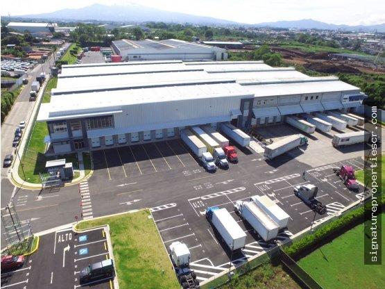 Propiedad Industrial en La Valencia Heredia