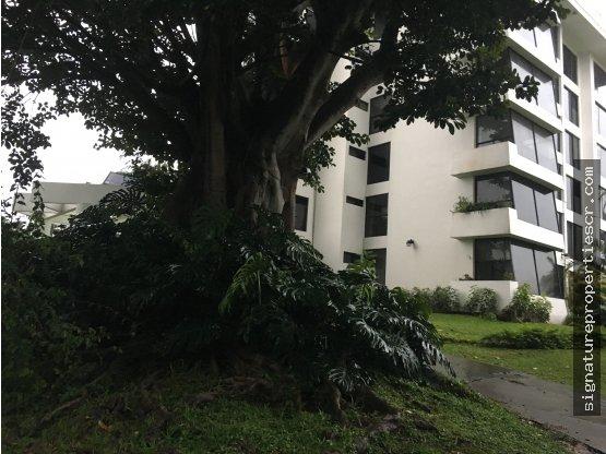 Penthouse en Escazú, Bello Horizonte