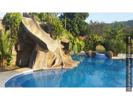 2 Lotes con excelente ubicación en Punta Leona