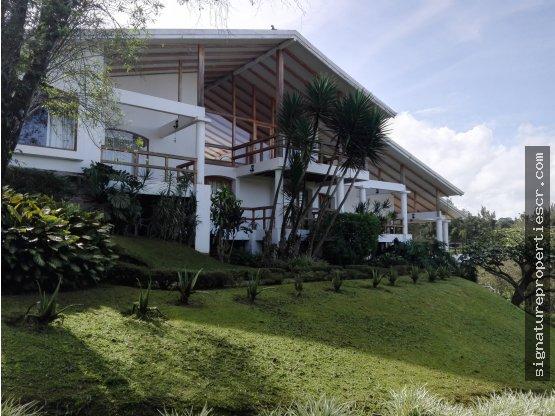Casa de Montaña en Coronado, San Rafael