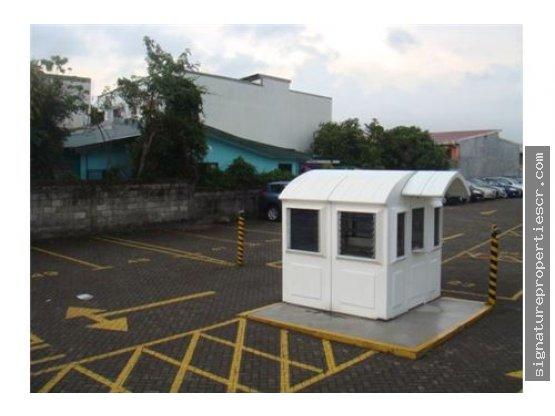 Local Comercial Con Oficinas Y Terreno, Tibás