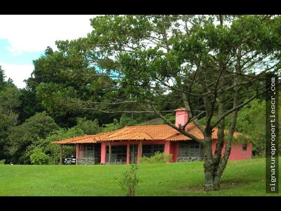 Finca semiurbana en San Rafael de Heredia