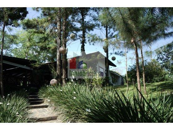 Excelente Villa Campestre en venta