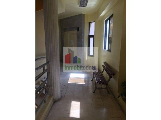 Alquier Local de oficina empresarial en Piantini
