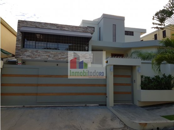 Grandiosa y moderna Casa en Los Ríos