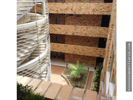 En venta Apartamento en Cajica con ascensor