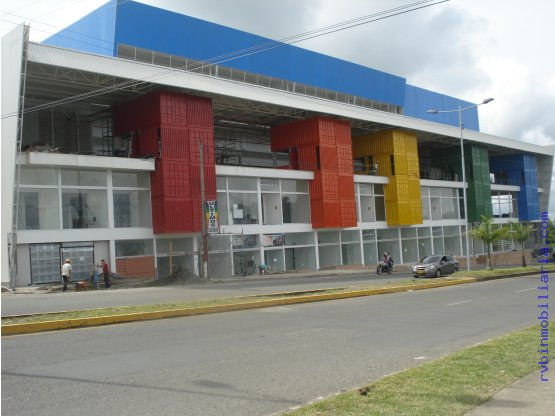 Local 47 Crr.18 # 59-03 Por Estadio