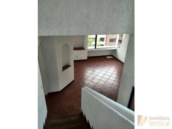 Tonwhouse en renta San Lázaro zona 15