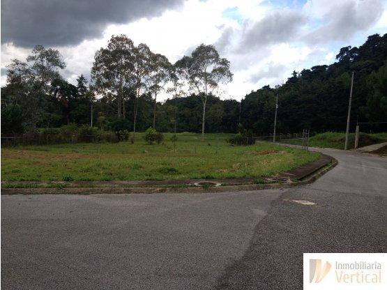 Terreno en venta La Joya carretera a El Salvador