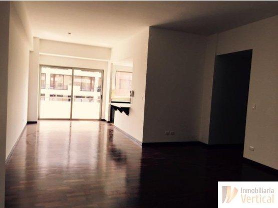Apartamento en renta/venta 2 habitaciones zona 14