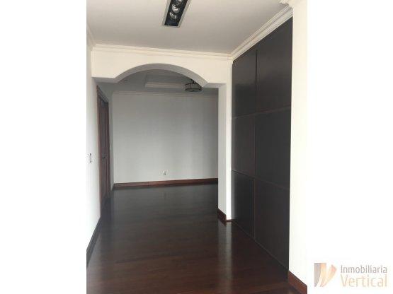 Apartamento en venta Tadeus zona 14