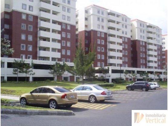 Apartamento en renta 3 hab. Villas de San Isidro