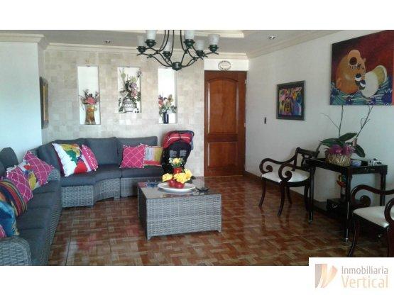 Apartamento de 3 habitaciones en venta zona 14
