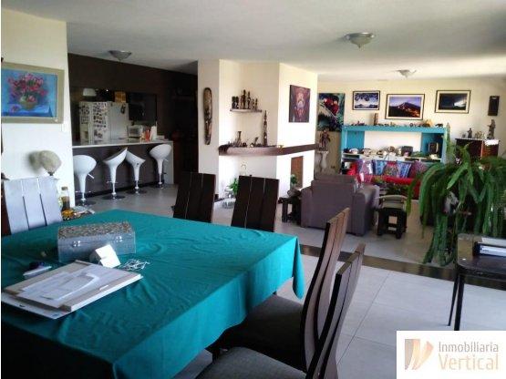 Apartamento 3 habitaciones en renta zona 15