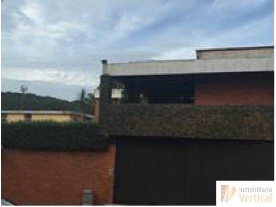 Casa 4 habitaciones en venta Colonia Lourdes