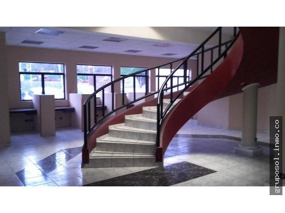Edificio Corporativo Santa Elena