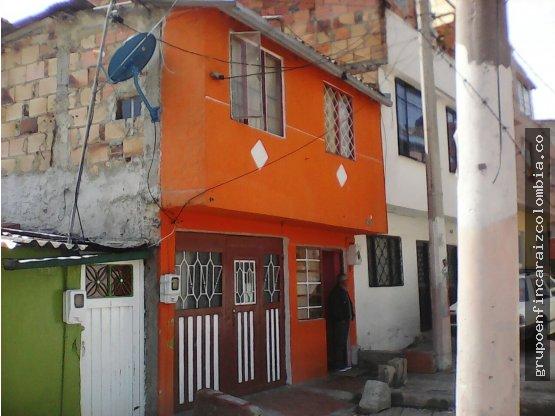 se vende casa Luis carlos galan Bogotá