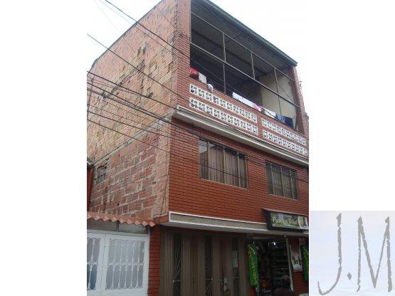 Vendo casa 4 pisos rentable Quirigua