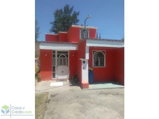 Casa en Tlajomulco, Fracc. Balcones de Sta. Anita