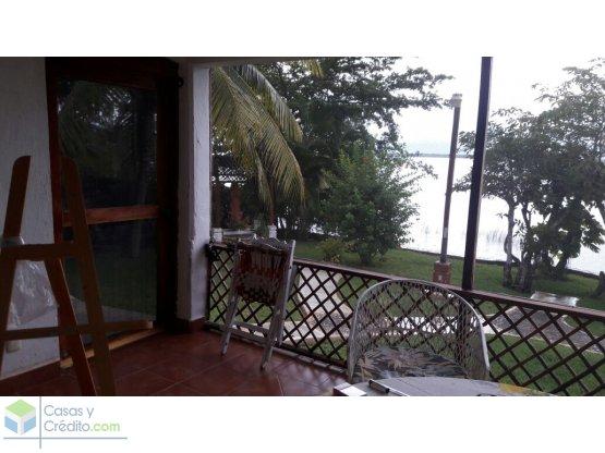 Casa frente a laguna Bacalar