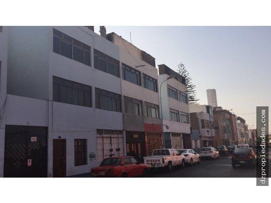 [EN VENTA] 4to piso (azotea) en Centro de Trujillo