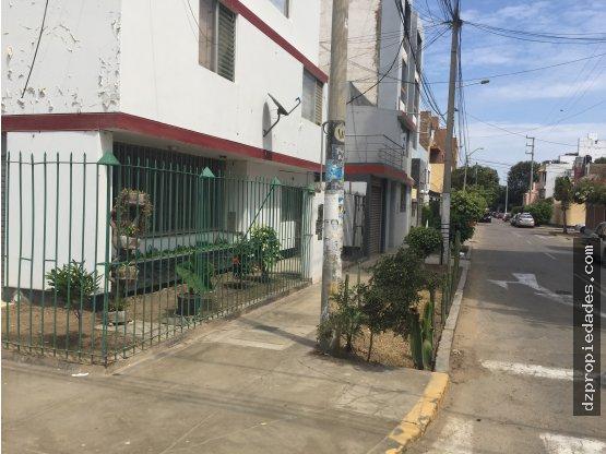 [EN ALQUILER] Local comercial en Urb. San Andrés