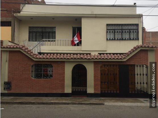 [EN VENTA] Casa en Urb. Santa Inés