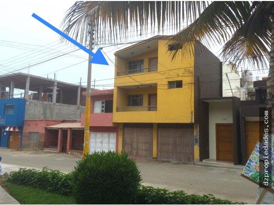 [EN VENTA] Casa de playa en Huanchaco