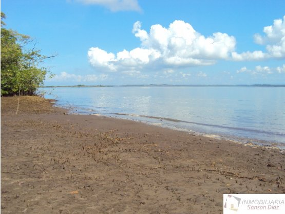 Se venda Isla Sabino Chiriqui