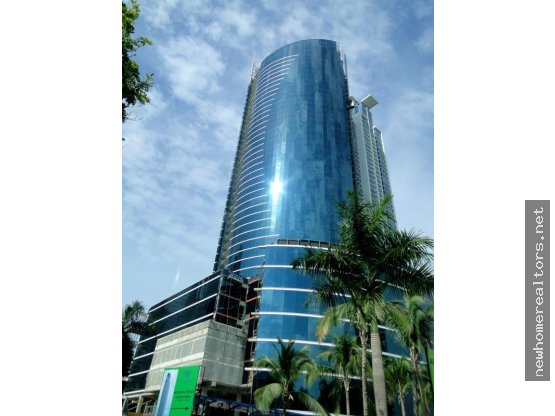 ALQUILO OFICINAS EN FINANCIAL PARK /149900 / FHC