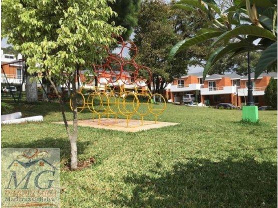 Casa en Venta Mixco Zona 7 Alamedas del Encinal