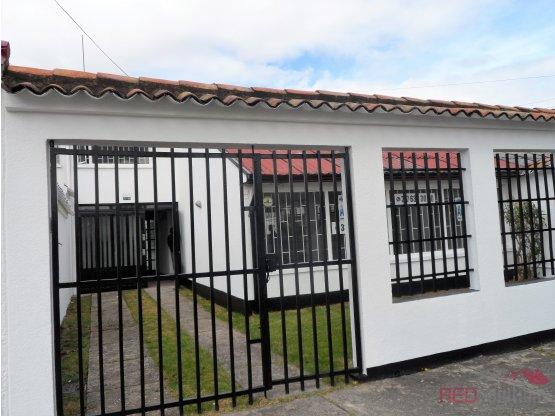 Casa en arriendo barrio Morato