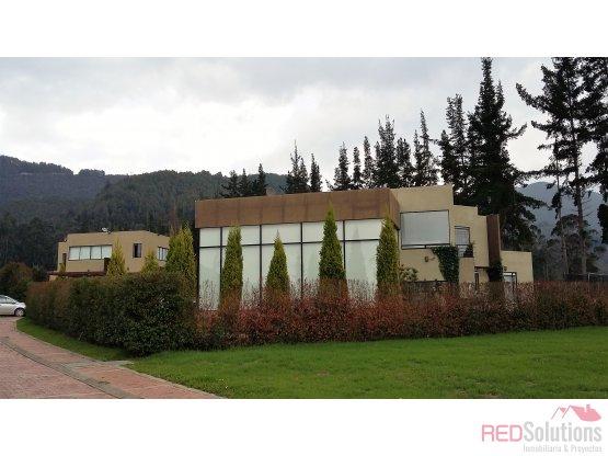 Casa Campestre en venta en Kubik verde - Sopo