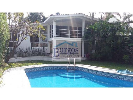 Casa en Venta en Burgos. Oportunidad.