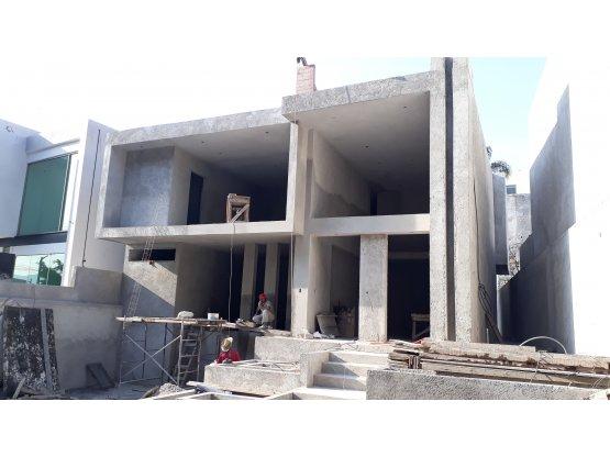 Casa en Corinto Residencial.