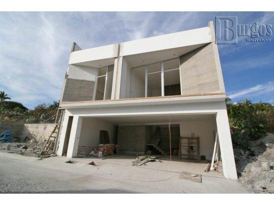 Casa en Venta en La Cima.