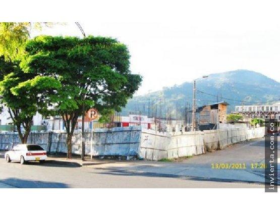 Doomos venta lote en construcci n centro pereira for Casas en remate pereira