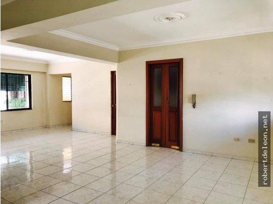 Apartamento de 140 Mts2 en Evaristo Morales