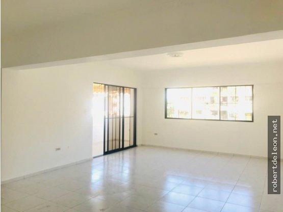 Alquiler de apartamento en Serrallés de 3 habs.