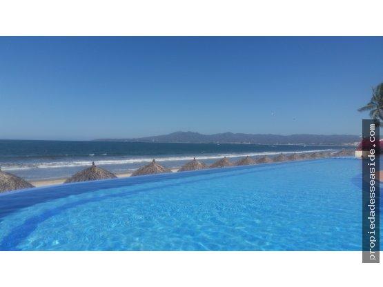 Condominio Ocean Terrace, frente al mar