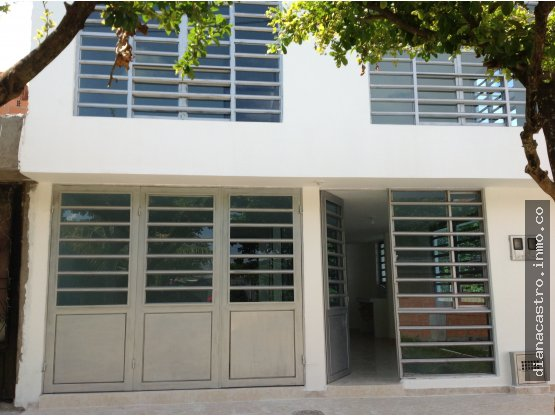 Amplia Casa con Apartamentos en Ibague - Rentando