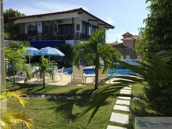 Se vende hermosa casa con piscina en coronado for Se vende piscina desmontable