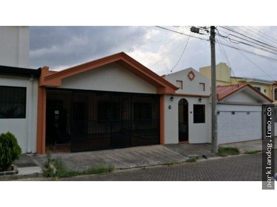 Casa en venta en Tres Ríos.   631515