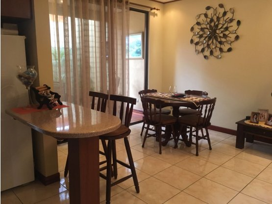 Casa en venta, 1 planta, en Heredia.- 800721