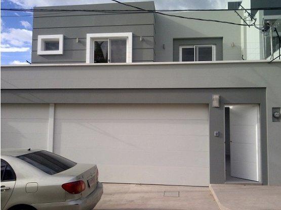 Se vende casa en Colonia Lomas del Guijarro Sur