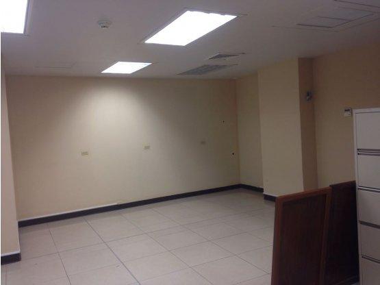 Alquiler de Locales para Oficina en Blvd. Suyapa