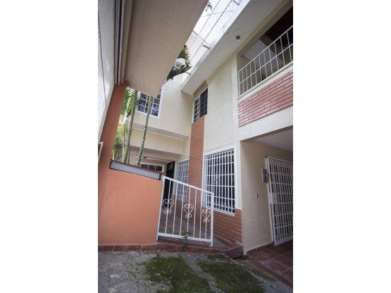 Se alquila casa en Residencial Viera, Tegucigalpa