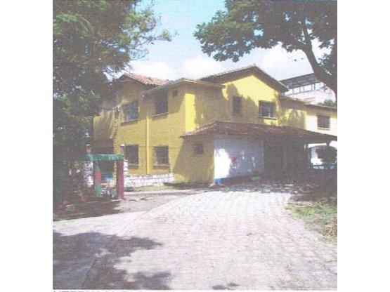 Se Vende Casa en Barrio La Granja