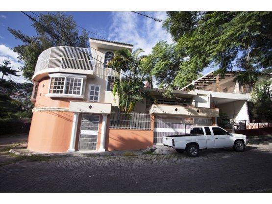 Se Vende o Alquila casa en Residencial Viera