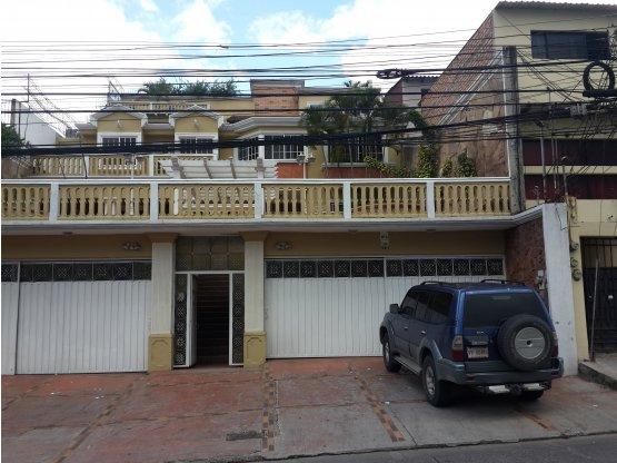 Se alquila Edificio en Col. Loma Linda Norte
